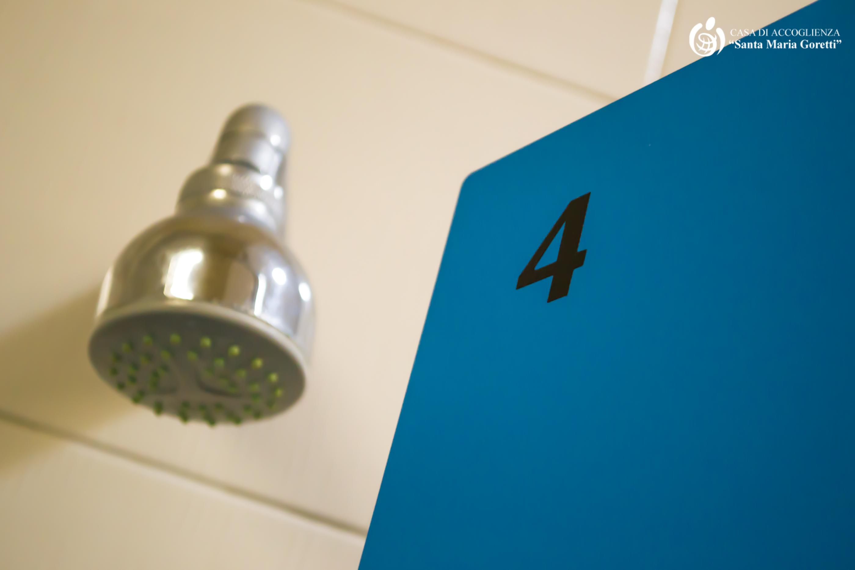 casa-accoglienza-andria-docce-2